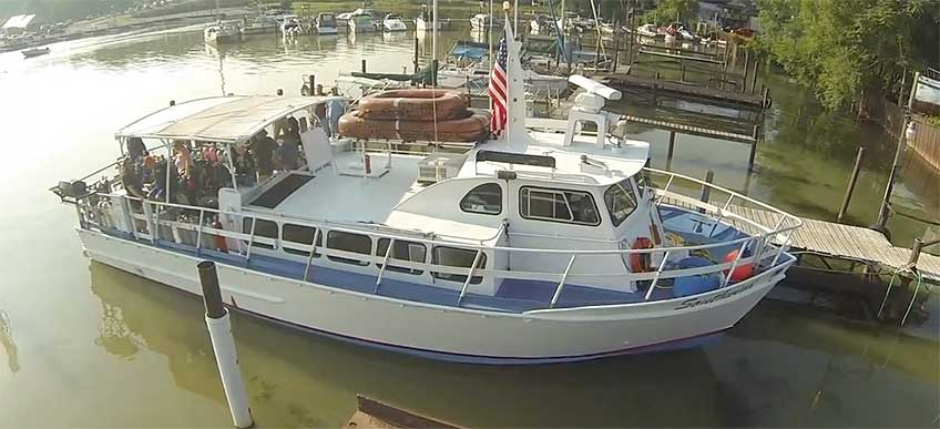 Div boat